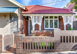 Property continues to sell around Sydney at auction