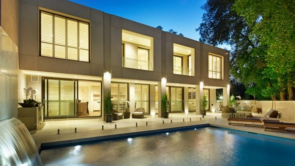 Blue-blood agency Kay & Burton sued for $1.5m over Toorak house